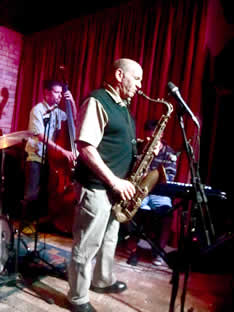 saxophonist Dave Liebman performs with students from the IASJ